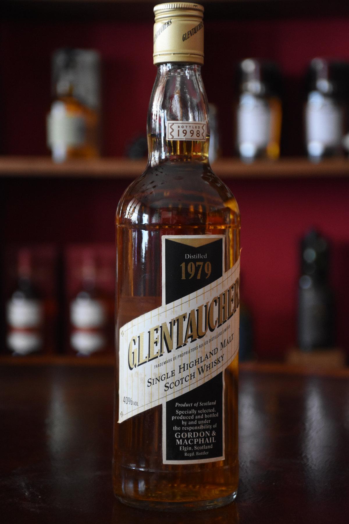 Glentauchers 1979 - Bottled 1998, Speyside, 40% Alc.Vol.,  Gordon & MacPhail
