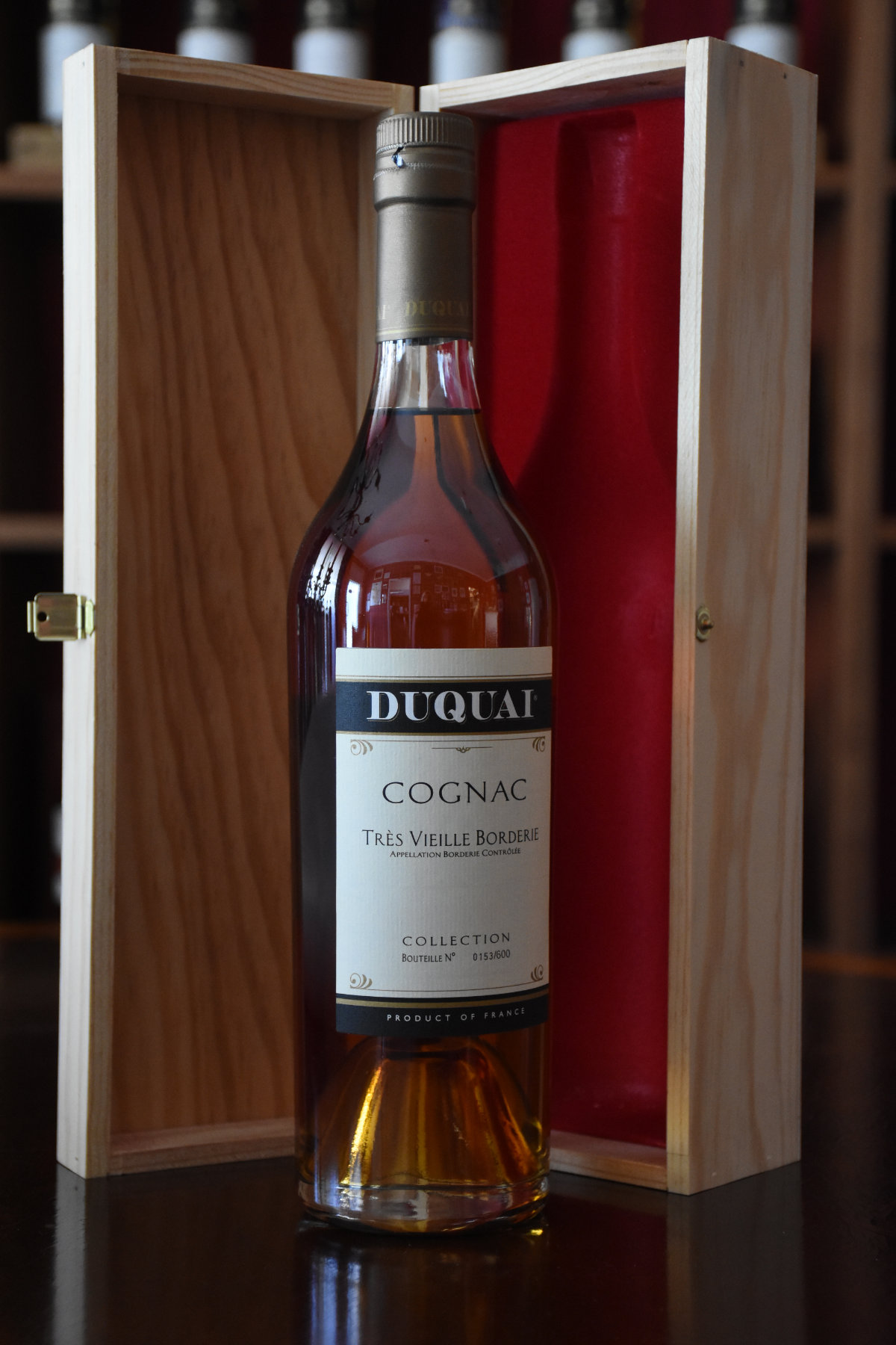 Duquai Cognac Très Vieille Borderie, 60 Jahr im Fass gereift, 40% Alc.Vol., Distillery Original Bottling