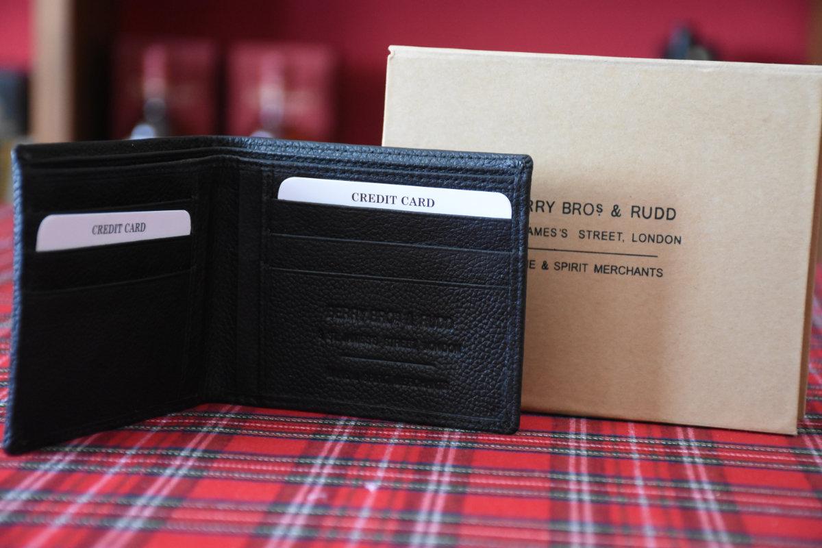 Kreditkarten und Geldschein Börse von Berry Bros. & Rudd, London