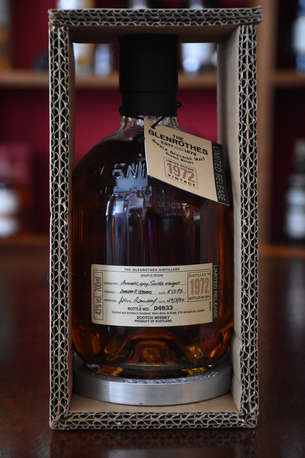 Glenrothes Vintage 1972,  32 y.o., Speyside, 43% Alc. Vol., Distillery Original Bottling